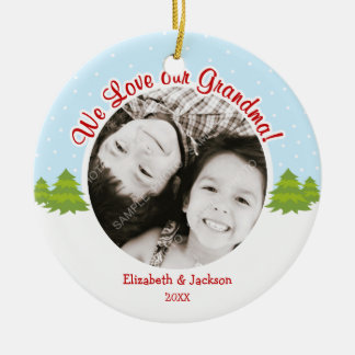 Ornamento De Cerâmica Foto da neve da árvore de Natal da avó do amor
