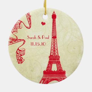 Ornamento De Cerâmica Foto do casamento do Natal com torre Eiffel