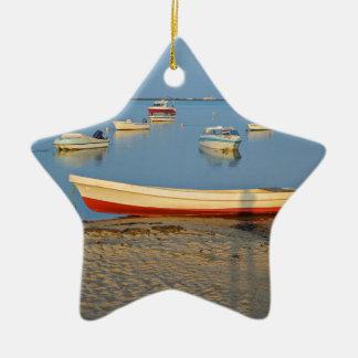 Ornamento De Cerâmica Foto dos barcos na baía no por do sol em Portugal