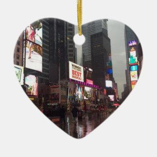 Ornamento De Cerâmica Foto dos sinais de néon da Nova Iorque NYC do
