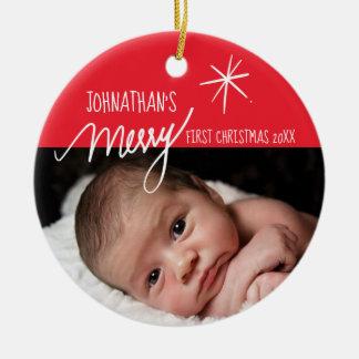 Ornamento De Cerâmica Foto vermelha e branca do primeiro Natal do bebê