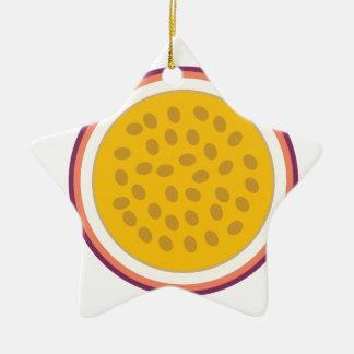 Ornamento De Cerâmica fruta parcialmente amarela