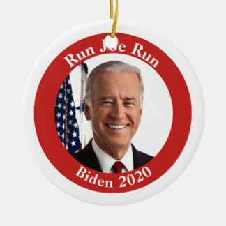 Ornamento De Cerâmica Funcione Joe funcionado - Biden 2020 - seu texto