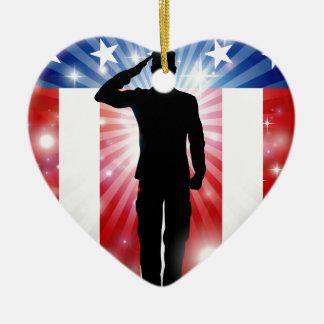 Ornamento De Cerâmica Fundo patriótico da saudação do soldado dos E.U.