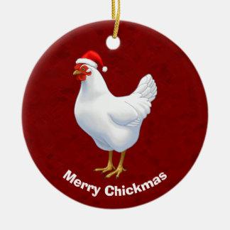 Ornamento De Cerâmica Galinha branca na feliz Chickmas do chapéu do