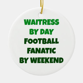 Ornamento De Cerâmica Garçonete pelo fanático do futebol do dia em o fim