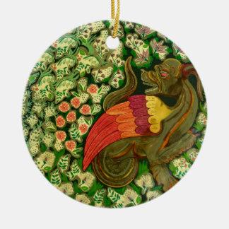 Ornamento De Cerâmica Gárgula no jardim