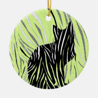 Ornamento De Cerâmica Gato preto na grama