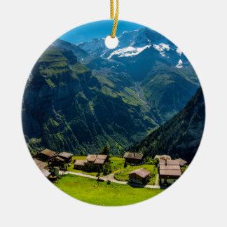 Ornamento De Cerâmica Gimmelwald em cumes suíços - suiça