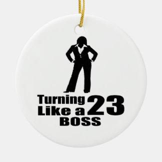 Ornamento De Cerâmica Girando 23 como um chefe