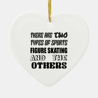 Ornamento De Cerâmica Há dois tipos de patinagem artística dos esportes
