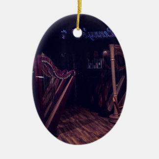 Ornamento De Cerâmica Harpa na sombra
