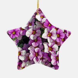 Ornamento De Cerâmica Impressão floral bonito dos petúnias cor-de-rosa e