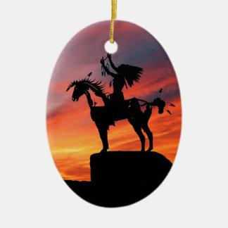 Ornamento De Cerâmica Indiano e cavalo do nativo americano