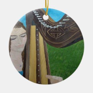 Ornamento De Cerâmica Jogador da harpa por KatGibsonArt- para todos os