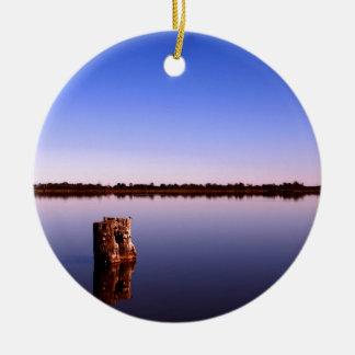 Ornamento De Cerâmica Lago quieto