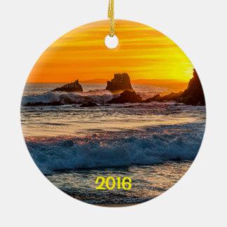 Ornamento De Cerâmica Laguna Beach da rocha do selo