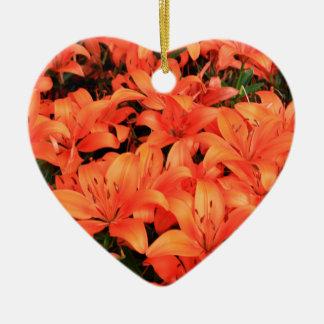 Ornamento De Cerâmica Liliums alaranjados na flor