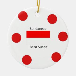 Ornamento De Cerâmica Língua do Sundanese e design da bandeira de
