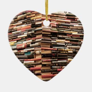 Ornamento De Cerâmica Livros