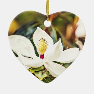 Ornamento De Cerâmica Magnólia na flor