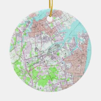 Ornamento De Cerâmica Mapa do vintage do ramo longo & do banco vermelho