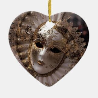 Ornamento De Cerâmica Mascarada