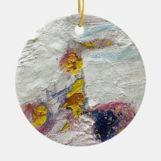 Ornamento De Cerâmica Menina bonito em uns trabalhos artísticos