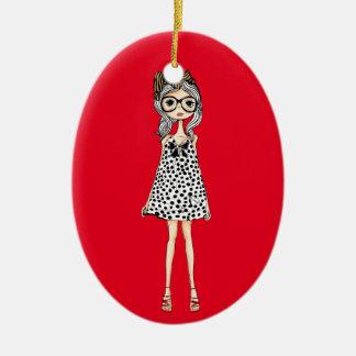 Ornamento De Cerâmica Menina inábil bonito em seu vestido das bolinhas
