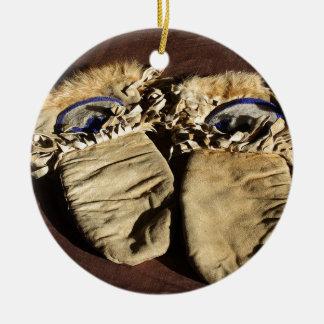 Ornamento De Cerâmica Mitenes do Cree do vintage