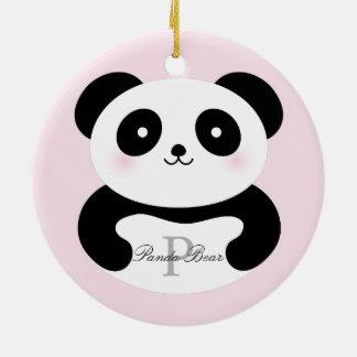 Ornamento De Cerâmica Monograma feminino bonito do urso de panda do bebê