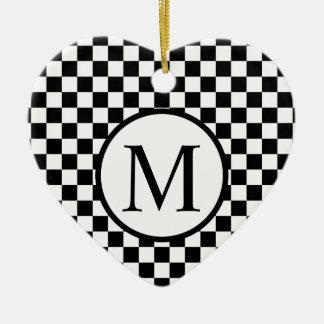 Ornamento De Cerâmica Monograma simples com tabuleiro de damas preto