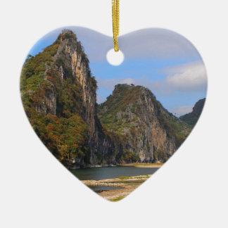 Ornamento De Cerâmica Montanhas ao longo do rio de Li, China