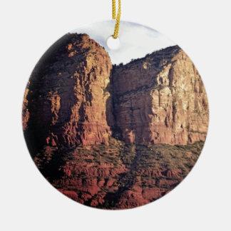 Ornamento De Cerâmica monumento agradável da rocha
