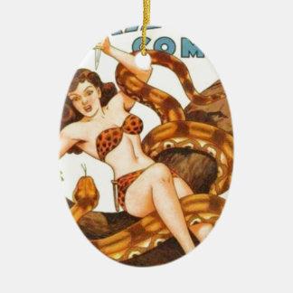 Ornamento De Cerâmica Mulher com um cobra