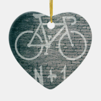 Ornamento De Cerâmica N+1 grafite da bicicleta