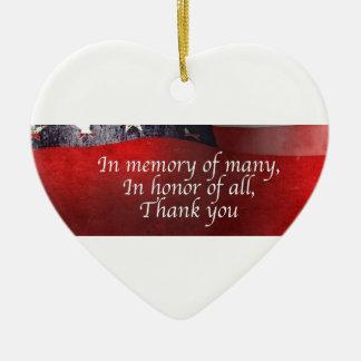 Ornamento De Cerâmica Na memória de muitos em honra de todo o obrigado