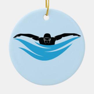 Ornamento De Cerâmica Nadador masculino da borboleta