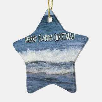 Ornamento De Cerâmica Natal alegre de Florida sobre o oceano