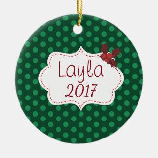 Ornamento De Cerâmica Natal clássico customizável com nome e ano