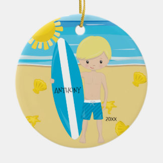 Ornamento De Cerâmica Natal personalizado do surfista menino louro