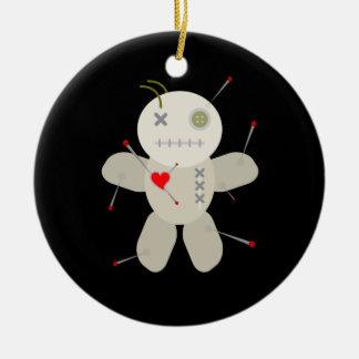 Ornamento De Cerâmica Natal preto da boneca do Voodoo do gótico