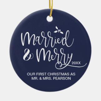 Ornamento De Cerâmica Nosso primeiro Natal, casado e feliz