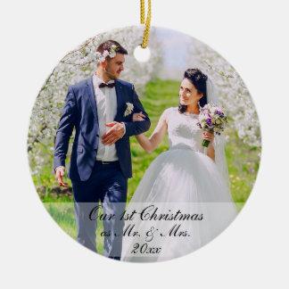 Ornamento De Cerâmica Nosso primeiro Natal como o Sr. & a Sra. Foto Rd