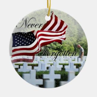Ornamento De Cerâmica Nunca esquecido - Memorial Day
