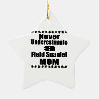 Ornamento De Cerâmica Nunca subestime a mamã do Spaniel de campo