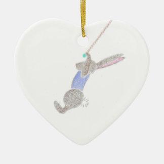 Ornamento De Cerâmica O coelho no trapézio do vôo