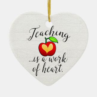 Ornamento De Cerâmica O ensino é um trabalho da apreciação do professor