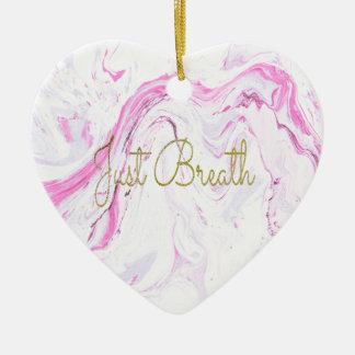 Ornamento De Cerâmica O mármore cor-de-rosa apenas respira o design