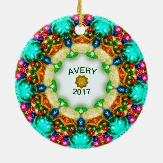 Ornamento De Cerâmica O Natal personalizado ~ do Fractal de AVERY